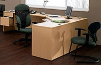 Tiger Maple Finish L-Shape Desk